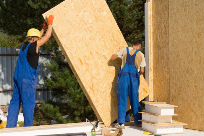 Minneapolis home builders have seen an uptick in new construction contracts.