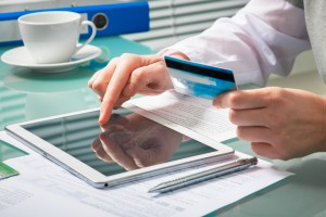 how to effectively and safely manage your credit